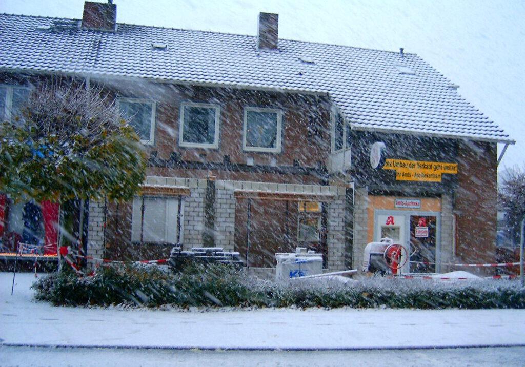Umbau mit Schnee